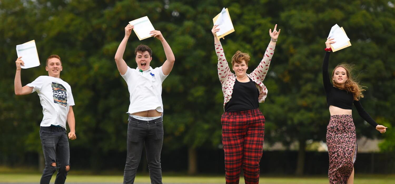 SET Ixworth students celebrate 2021 GCSE results
